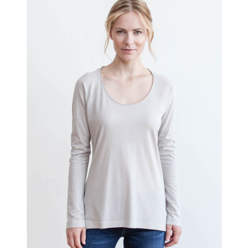 AMVI Womens Knit Tops